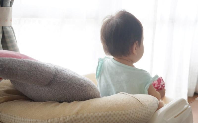 新生児赤ちゃんの寝かしつけイライラに、コンビ『ベビーラック ネムリラ』がおすすめ | 育児便利グッズ #17